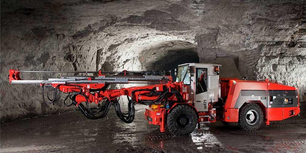 Byrnecut mining development drill Sandvik DD421, Longhole drill rig